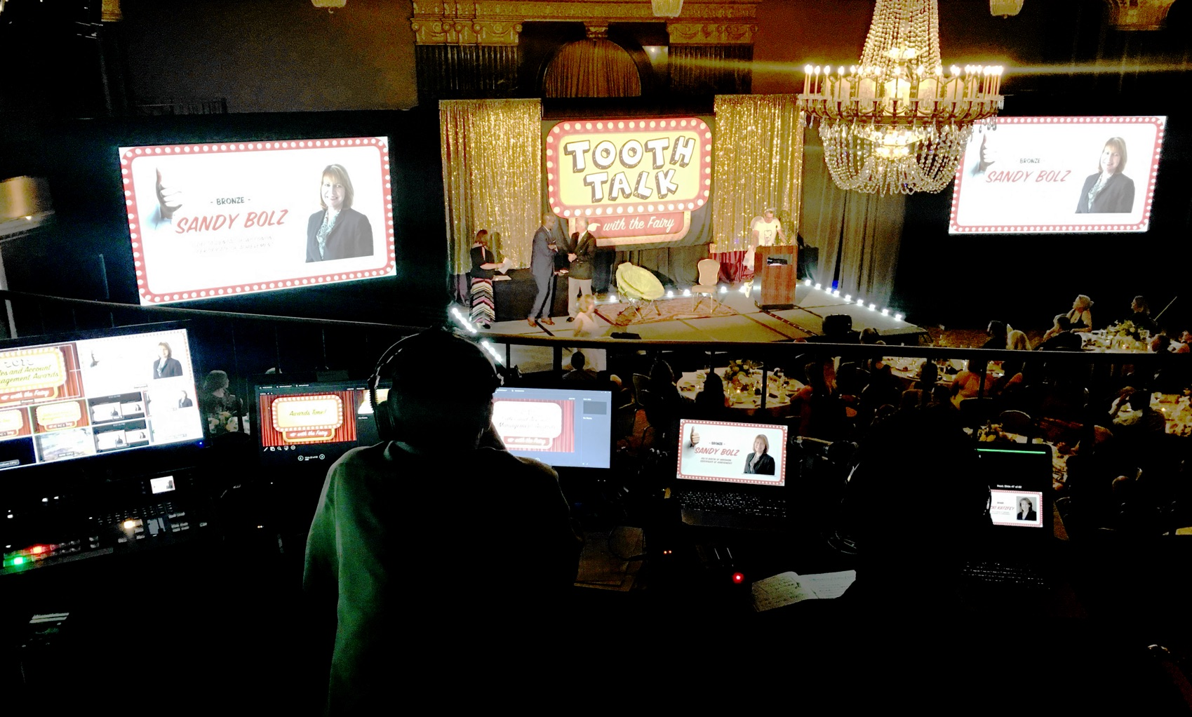 Tooth Talk stage audiovisual support